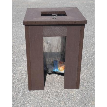 poubelle vigipirate en plastique recycle. Black Bedroom Furniture Sets. Home Design Ideas