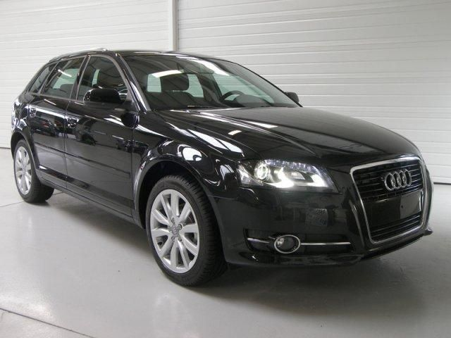 audi a3 sportback 2 0 tdi 140 dpf attraction. Black Bedroom Furniture Sets. Home Design Ideas
