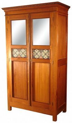 armoire en teck ref 001armltc006. Black Bedroom Furniture Sets. Home Design Ideas
