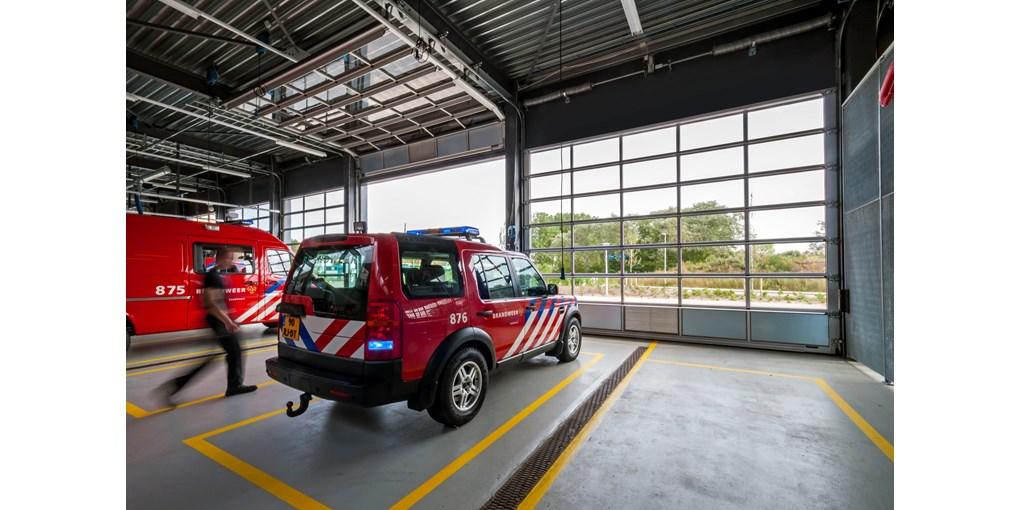 Crawford france produits portes sectionnelles industrielles for Porte de garage crawford france