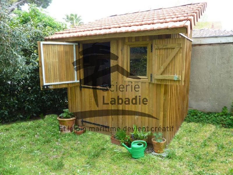 Cabanes en bois de jardin 5m en pin for Cabane de jardin en bois traite