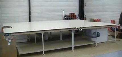 Table de coupe a coussin d'air