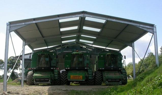 Hangar agricole stockage machine
