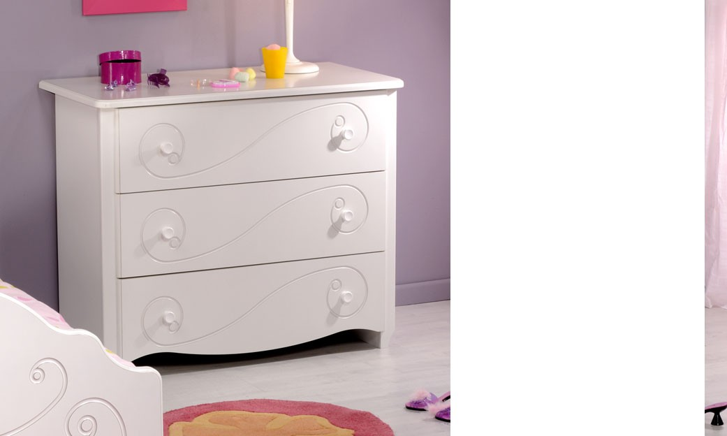 commode chambre enfant blanc laque 3 tiroirs mathilde. Black Bedroom Furniture Sets. Home Design Ideas