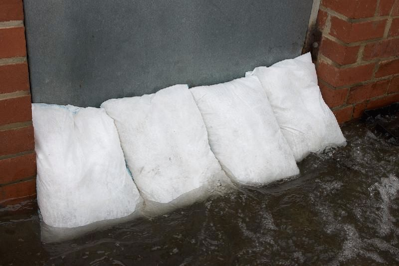 Pack porte protection de porte floodsax sac anti inondation comparer les pr - Protection anti inondation porte ...