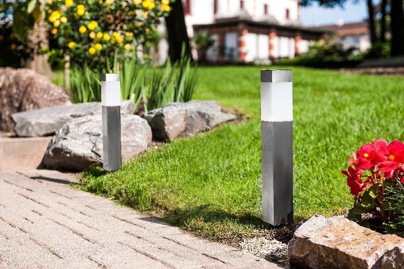 Borne lumineuse comparez les prix pour professionnels for Borne lumineuse de jardin