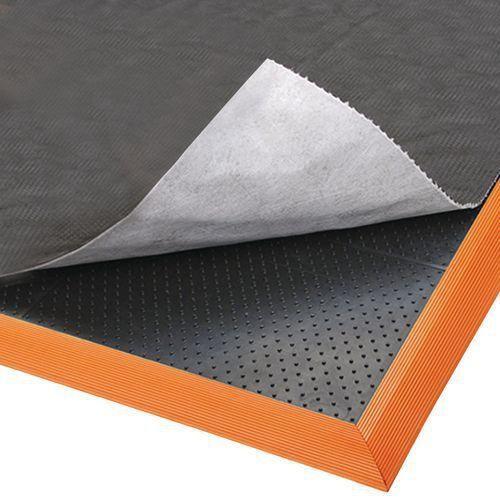 Tapis antifatigue con u pour utilisation avec absorbant for Produit pour nettoyer les tapis