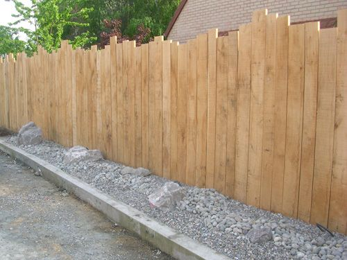 Cl tures en bois tous les fournisseurs palissade bois barri re bois barreaudage bois - Petite cloture jardin ...