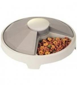distributeur de croquettes a horloge pour chien et chat. Black Bedroom Furniture Sets. Home Design Ideas