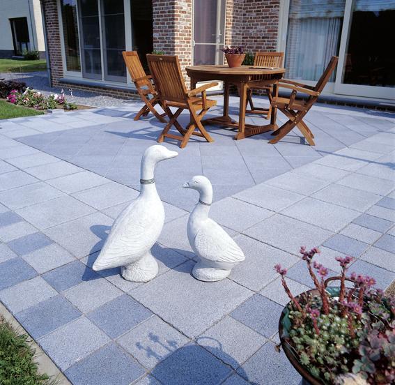 Dalle de terrasse ayant l 39 aspect naturel granibleu for Amenagement jardin bruxelles