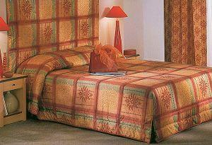 couvre lits tous les fournisseurs jete de lit motif couvre lit enfant dessus de lit. Black Bedroom Furniture Sets. Home Design Ideas