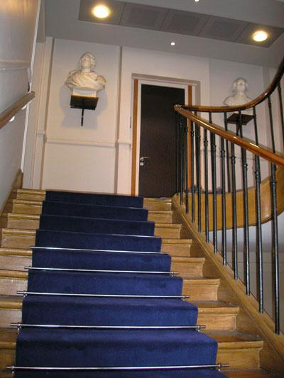 Photos tapis d 39 escalier page 1 - Tapis couloir ...