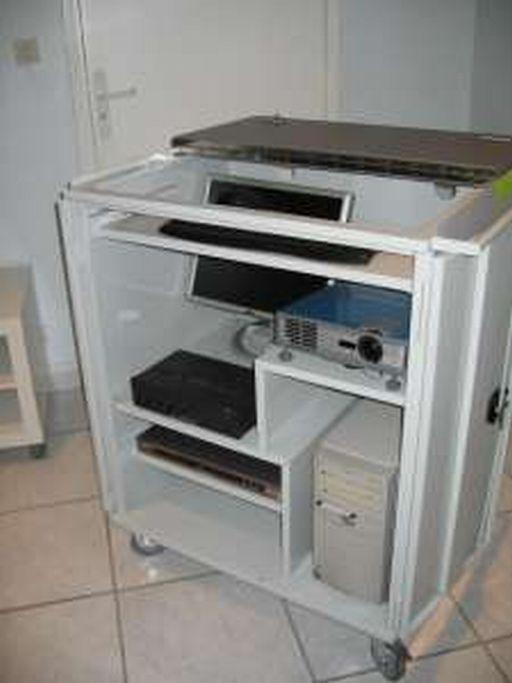 Meuble informatique videocompact p2500hp for Meuble informatique but