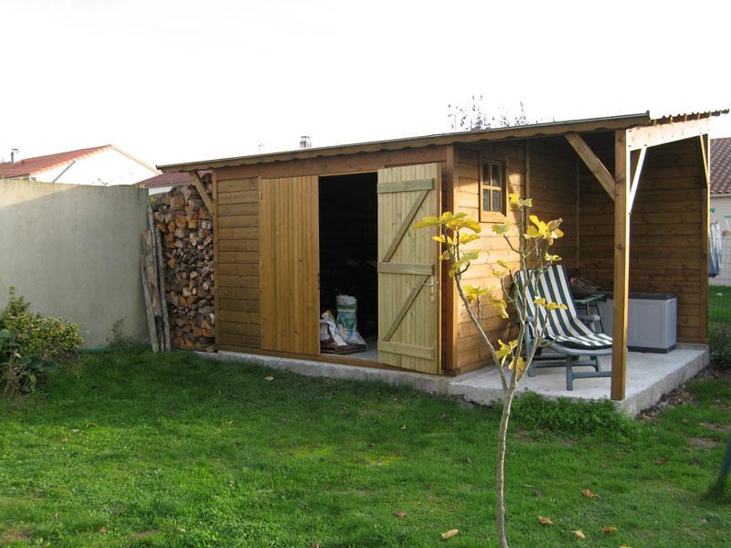 abri-de-jardin-bois-sur-mesure-317x311+auvent317x152 - 6/77
