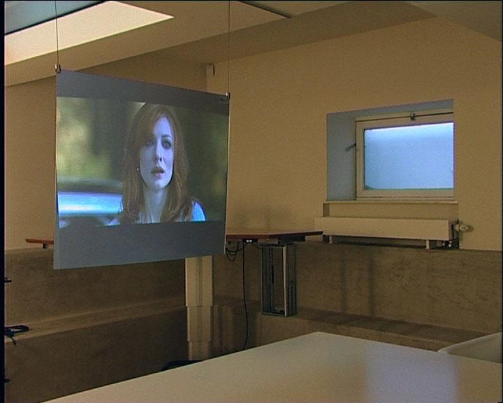 ecran de projection blackfire glimm screens. Black Bedroom Furniture Sets. Home Design Ideas