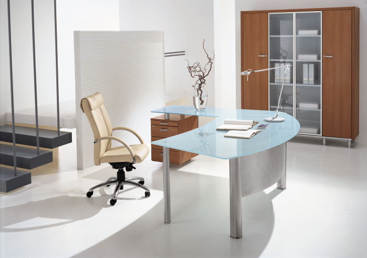 bureau en verre design bureau design en verre courb transparent d 39 un seul bureau design en. Black Bedroom Furniture Sets. Home Design Ideas