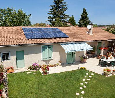 panneau solaire photovoltaique mon soleil moi sur votre toit surimpose. Black Bedroom Furniture Sets. Home Design Ideas