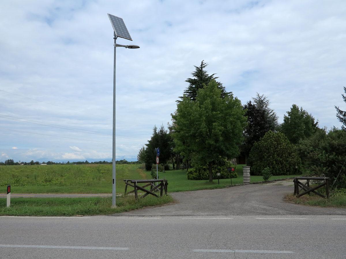 Lampadaires solaires pour l'eclairage public   tous les ...
