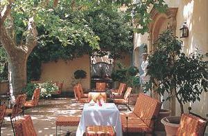 Hotel 4 etoiles aix en provence villa gallici - Restaurant avec jardin aix en provence ...