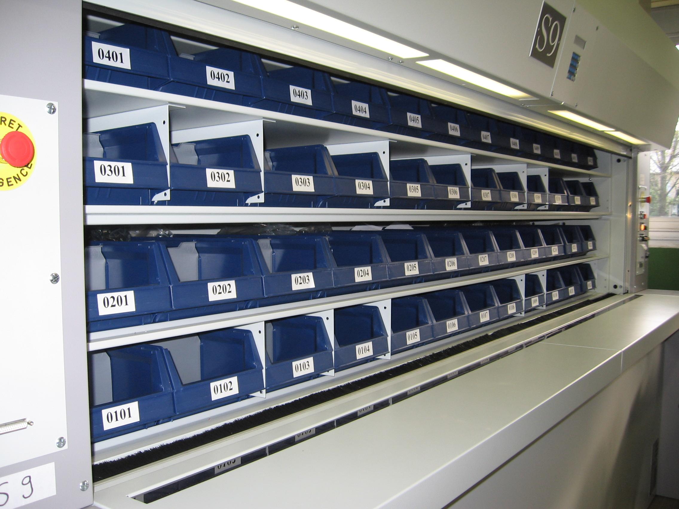 Stockeur rotatif vertical pour la gestion de vos étiquettes d'emballage titan