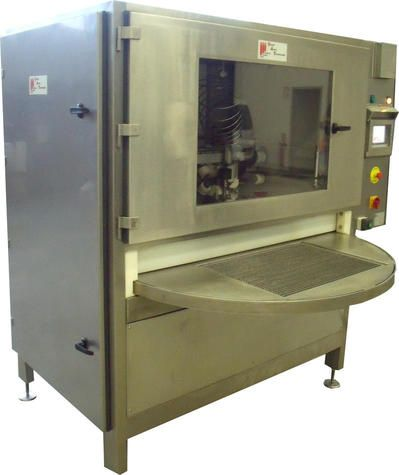 Machine de découpe par jet d'eau à plateau tournant