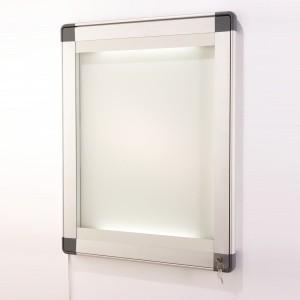 vitrine eclairee reglettes led alu anodise. Black Bedroom Furniture Sets. Home Design Ideas