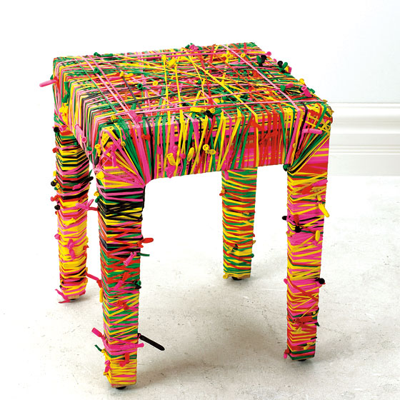tabouret design balloona. Black Bedroom Furniture Sets. Home Design Ideas
