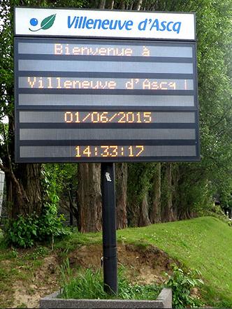 Afficheur dynamique grand format a leds for Afficheur numerique exterieur