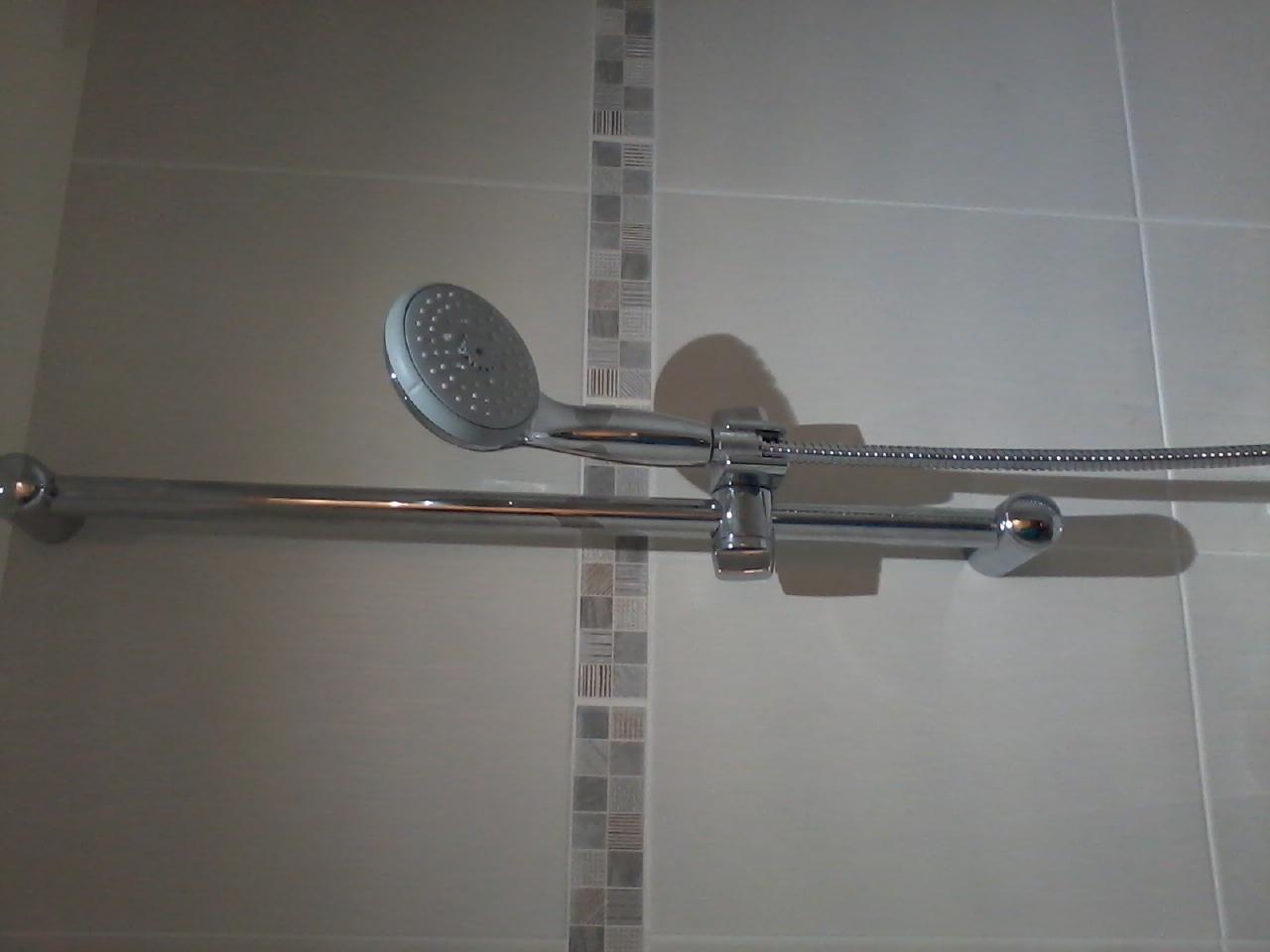 Pomme de douche tous les fournisseurs douche murale douchette econome pommeau de douche for Pomme de douche
