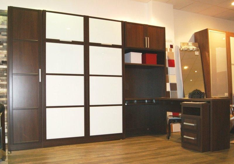 expo armoire lit escamotable campus avec rangements et bureau wenge facades en verre blanc. Black Bedroom Furniture Sets. Home Design Ideas