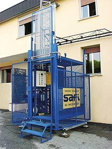 ascenseur de chantier tous les fournisseurs ascenseur btp ascenseur batiment travail. Black Bedroom Furniture Sets. Home Design Ideas