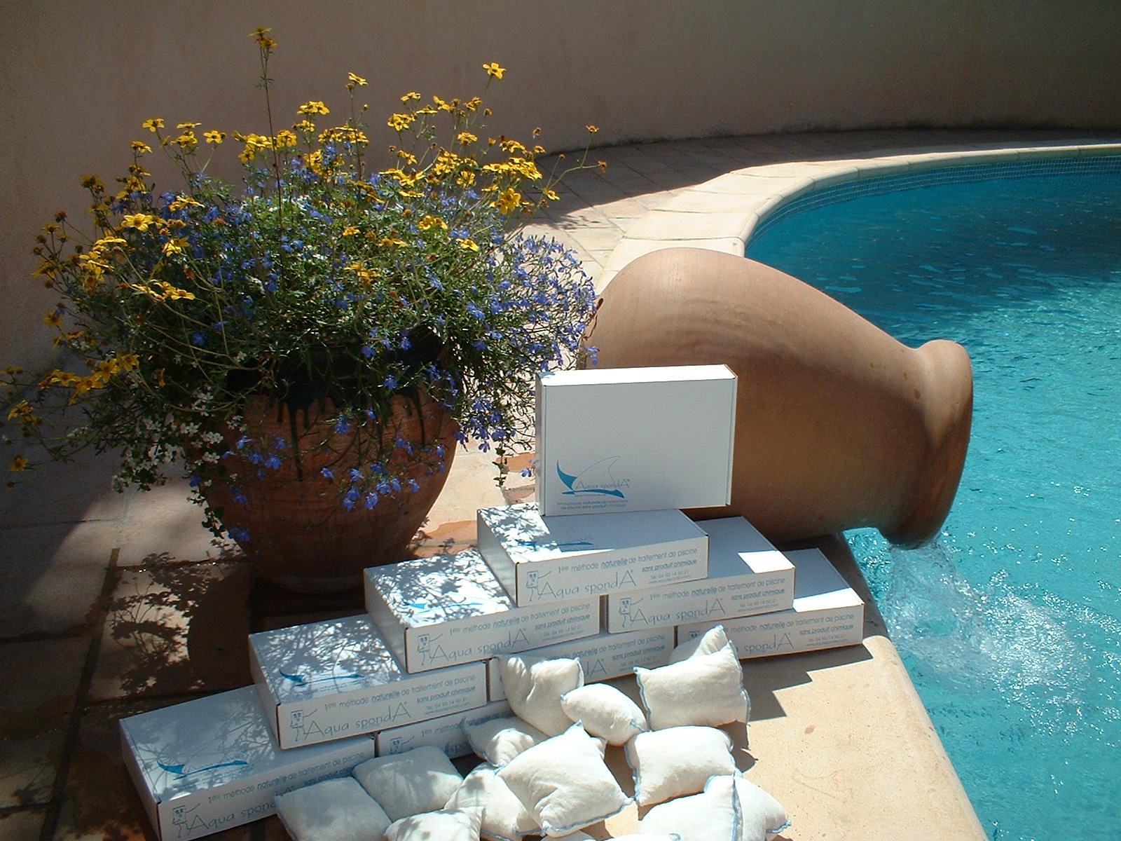 Aqua sponda produits nettoyants pour piscines for Traitement d eau piscine