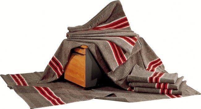 la couverture de d m nagement 1300 g m2 comparer les prix. Black Bedroom Furniture Sets. Home Design Ideas
