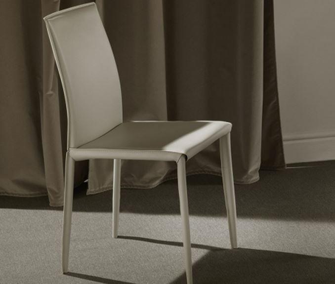 Lot De 2 Chaises Design Cathy En Tissu Enduit Polyurethane Simili Facon Cuir Taupe Clair