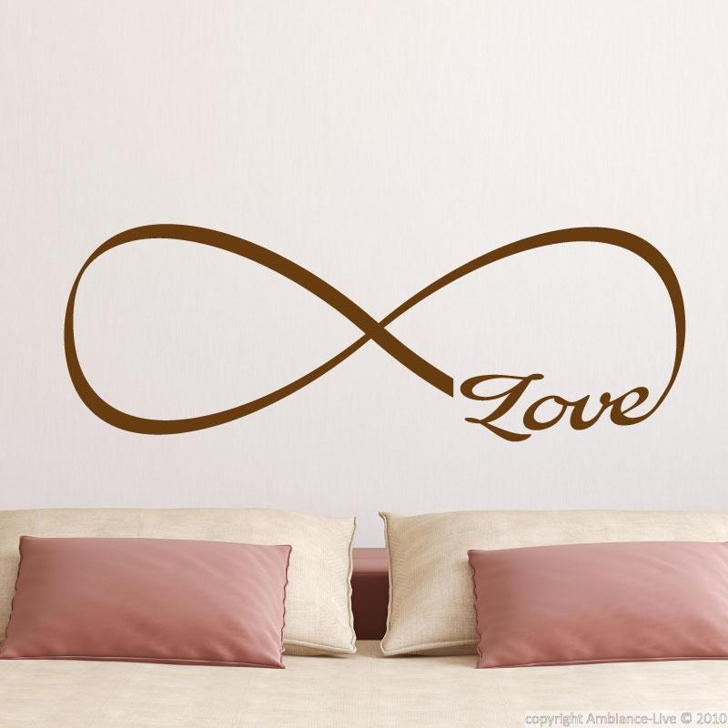 Sticker mural - l'amour dans l'infini