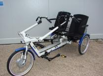 Tandem-tricycle twister