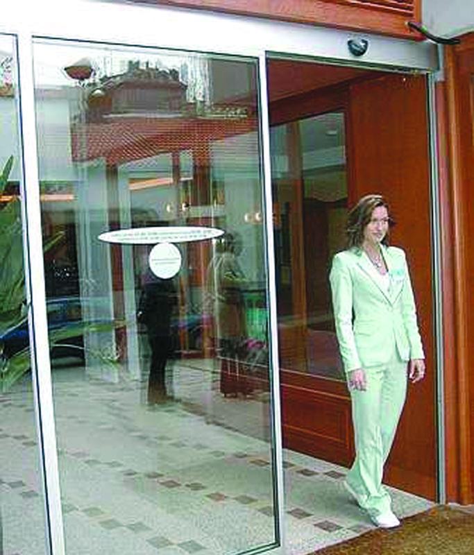 Portes pietonnes unislide 1 vantail for Actigramme a 0 porte automatique