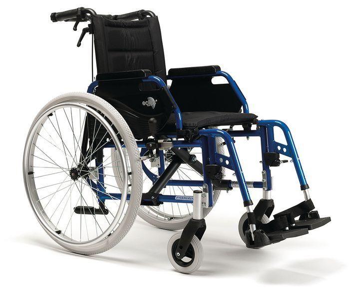 Largeur chaise roulante handicap cheap passer avec une largeur de passage adapt au fauteuil - Largeur des portes pour fauteuil roulant ...