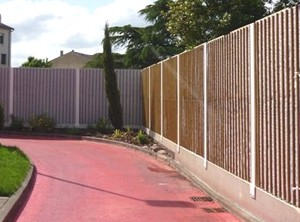 Mur anti bruit en bois for Mur anti bruit exterieur