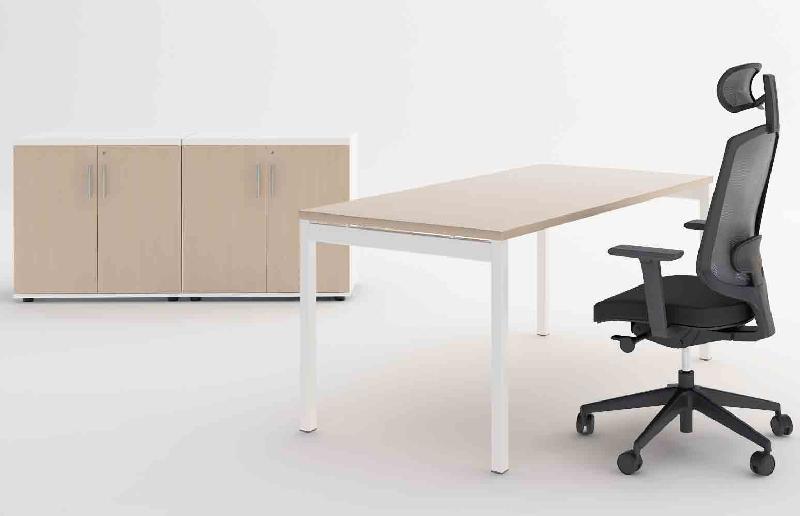 ogi y bureau individuel 200 x 80 cm chene canadien. Black Bedroom Furniture Sets. Home Design Ideas