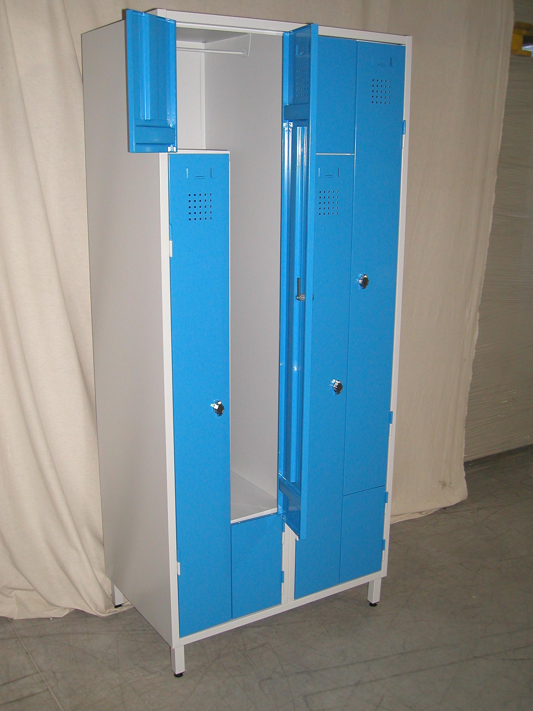vestiaire en z 2 colonnes 4 casiers. Black Bedroom Furniture Sets. Home Design Ideas