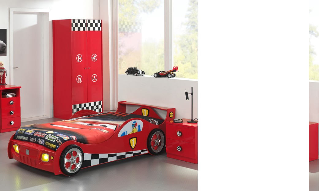interesting lit enfant voiture rouge avec clairage et sommier inclus turbopower with lit en. Black Bedroom Furniture Sets. Home Design Ideas