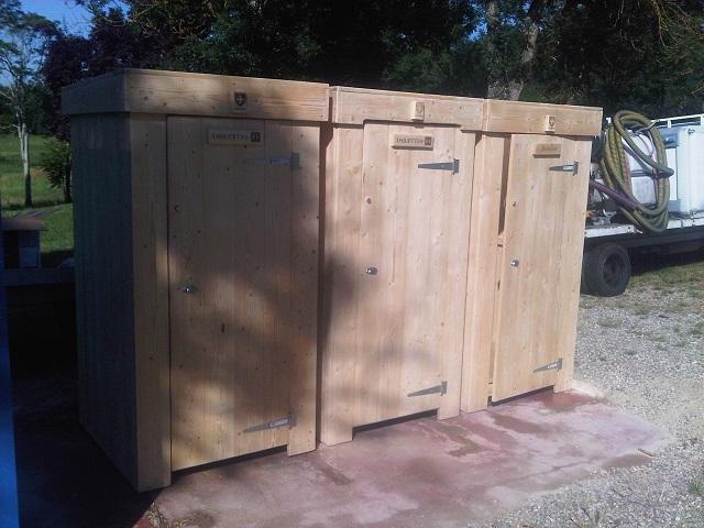 toilettes chimiques tous les fournisseurs wc transportable wc chimique toilette. Black Bedroom Furniture Sets. Home Design Ideas