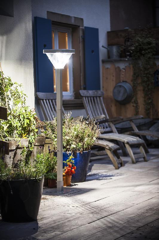 Lampes de jardin comparez les prix pour professionnels - Lampadaires de jardin ...