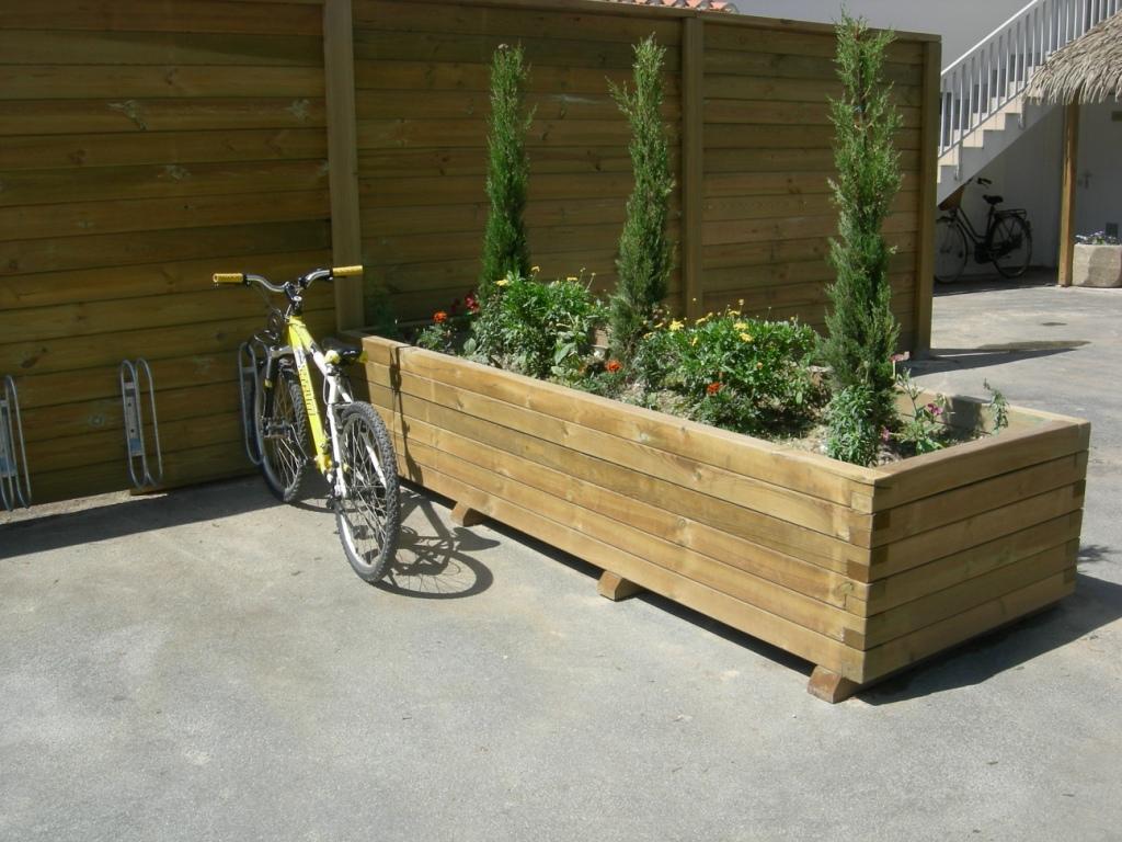 bacs fleurs et jardini res tous les fournisseurs jardini re plante jardini re plante. Black Bedroom Furniture Sets. Home Design Ideas
