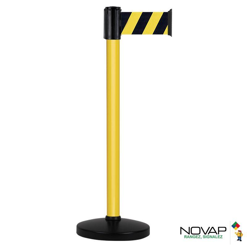 Poteau alu jaune laqué à sangle jaune/noir hachuré 3m x 100mm sur socle portable - 2700030