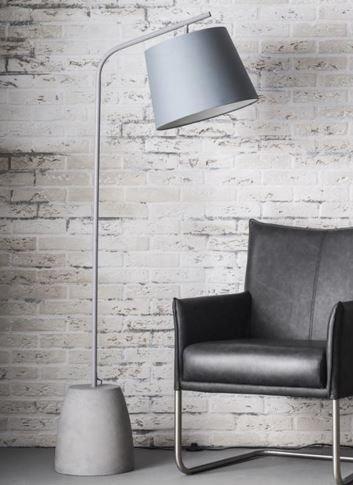lampadaire mani beton son abat jour cylindrique gris comparer les prix de lampadaire mani beton. Black Bedroom Furniture Sets. Home Design Ideas