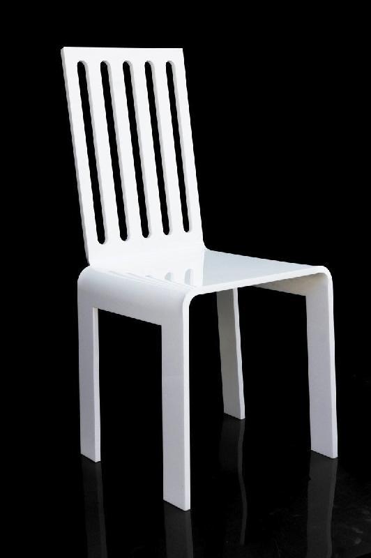 Barreau chaise en plexi blanc par acrila for Barreau de chaise cigare