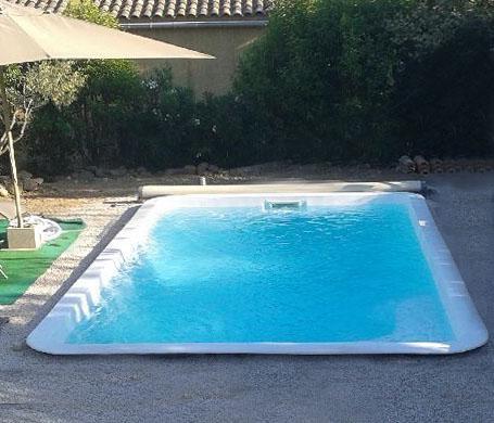 Piscine en kit eta for Accessoire piscine nimes
