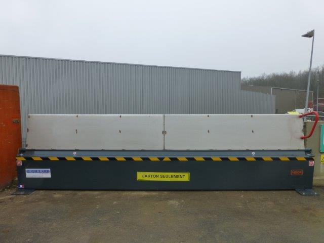 Barriere  anti chutes pour decheterie